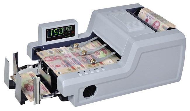 Tạo ra tiếng ồn to khi đếm tiền