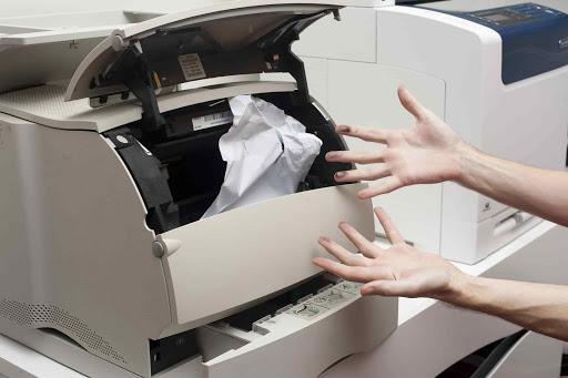 Kẹt giấy dẫn đến máy in không in được cách khắc phục lỗi máy in không in được